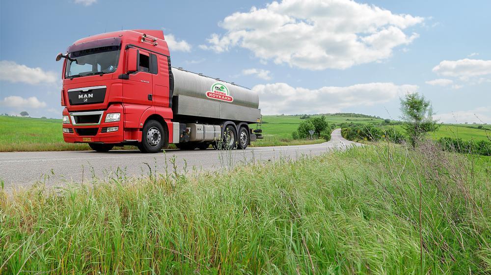 Μεταφορά γάλακτος με ειδικά ισοθερμικά ανοξείδωτα βυτία